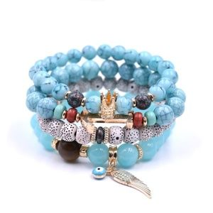 Jewelry - Turquoise Natural Bead Bracelet w/Drawstring Pouch